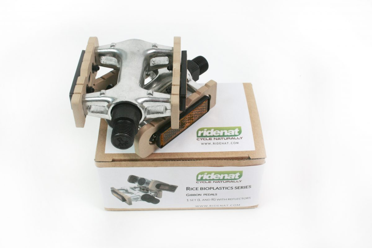 RideNat Gibbon bicycle pedals with packaging